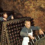瓶内二次発酵方式「シャンパーニュ製法」とは?